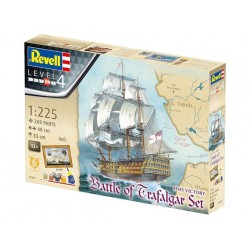 "Revell gift set ""BATTLE OF TRAFALGAR (scale: 1:225) – 05767"